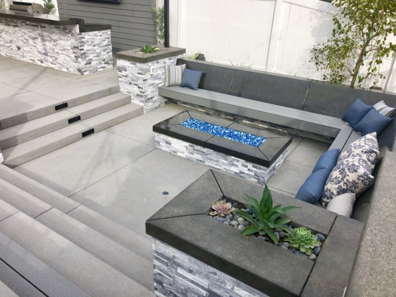 Alaska-Gray-marble-ledger-stone-veneer-San-Jose-patio-retaining-wall