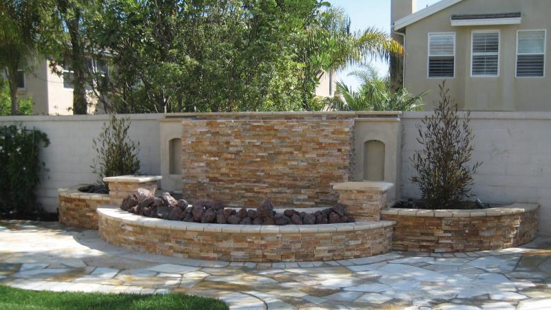 Golden White Ledger Stone Veneer Panel