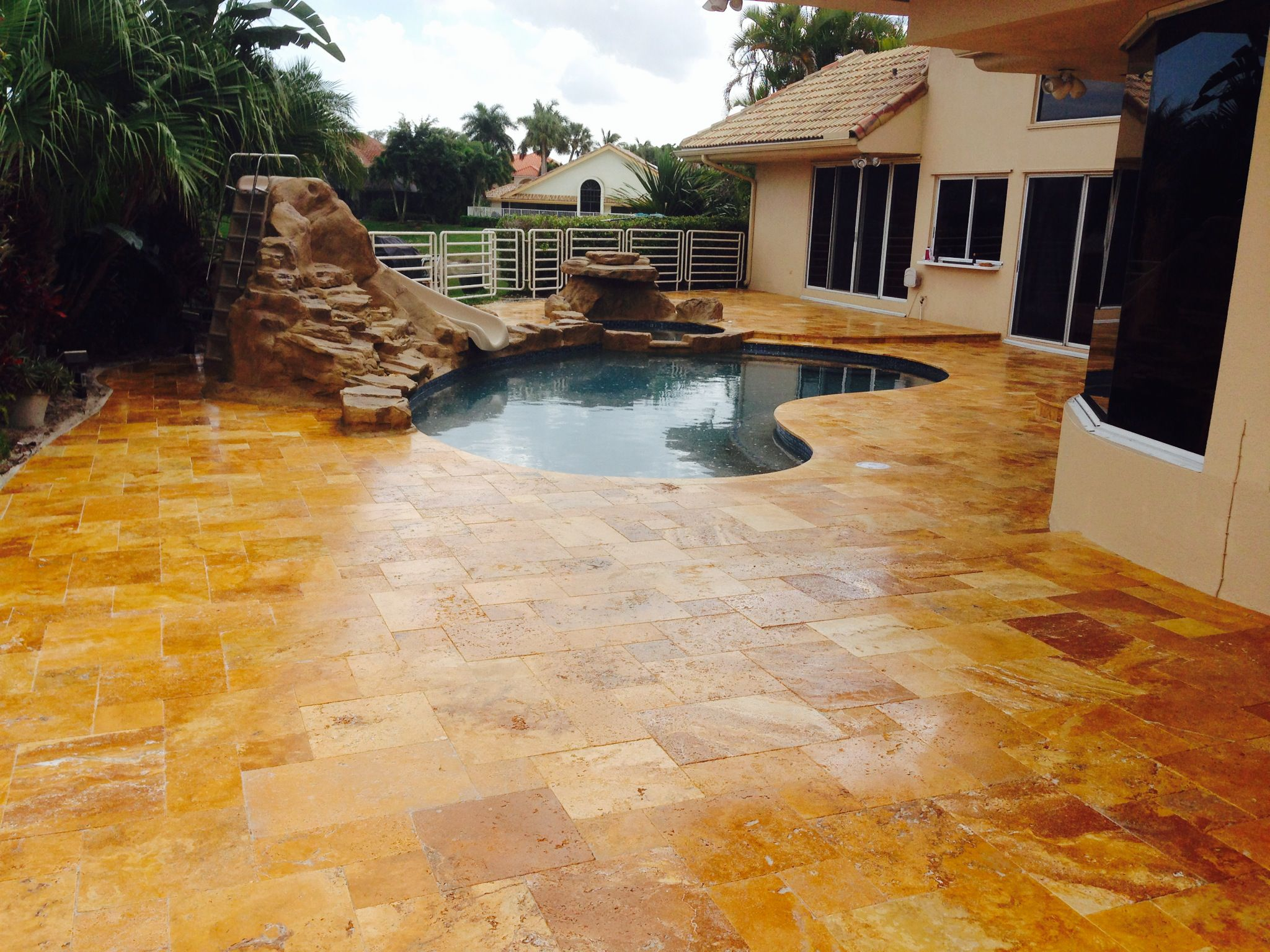 Gold Travertine Pavers Tumbled French Versailles Pattern And Pool Coping