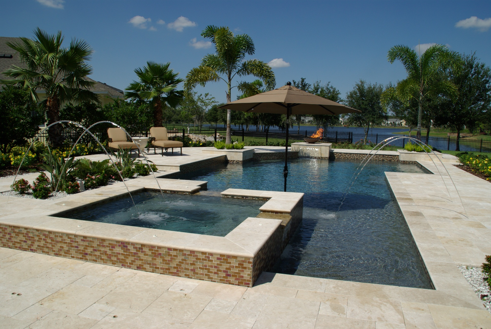 Ivory travertine pool coping bullnose paver