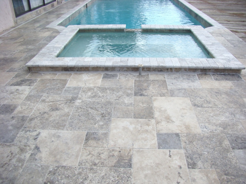 Silver Travertine Tile Outdoor Patio Pattern